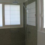 Shower Glass Tiling Water